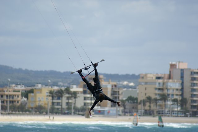 Kitesurf: volant a Can Pastilla