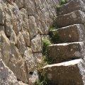 Detal d'escala de pedra a la Trapa